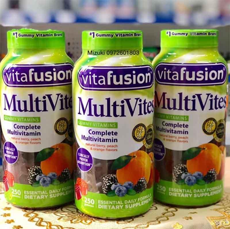 Kẹo dẻo vitamin tổng hợp với hương vị thơm ngon, bổ dưỡng được sản xuất nhằm thay thế các loại thuốc truyền thống có vị đắng, khó nuốt