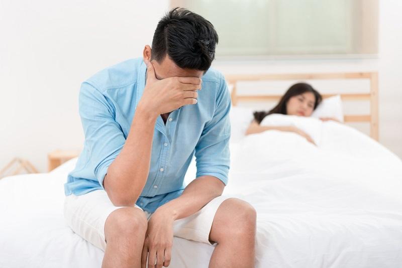 Nam giới mất ham muốn yêu có thể sử dụng sản phẩm tăng cường chức năng sinh lý của Mỹ