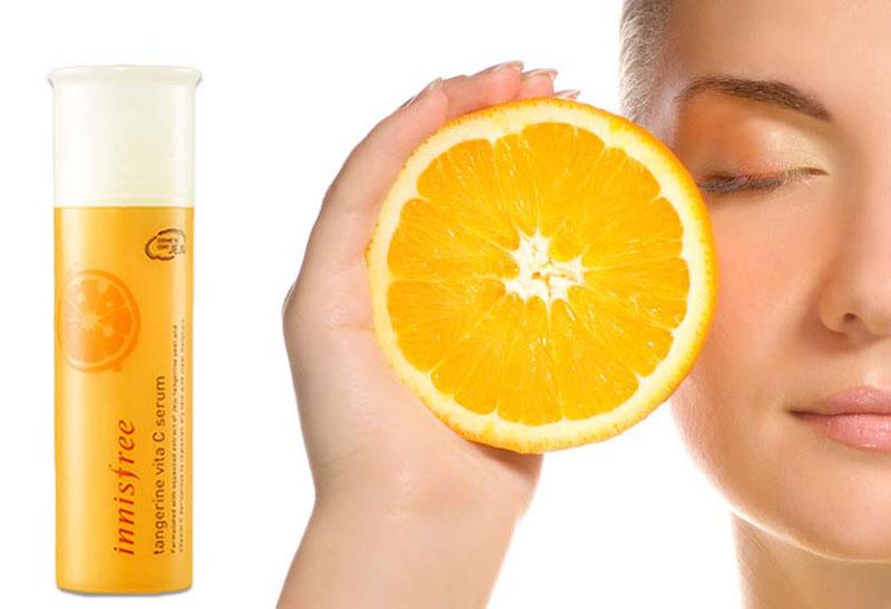 Innisfree tangerine vita C nằm trong bộ chăm sóc da Tangerine Vita C