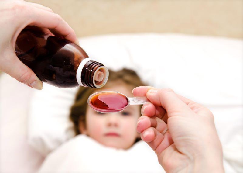Cha mẹ nên bổ sung siro tăng sức đề kháng cho bé trong những năm tháng đầu đời
