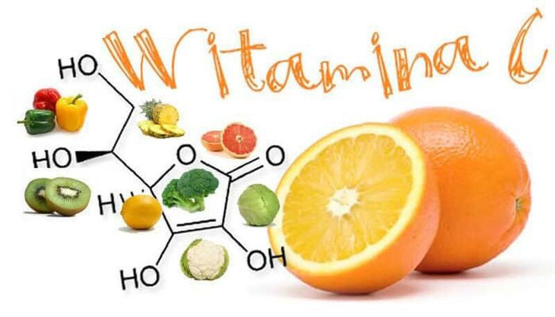 Vitamin C có thể được bổ sung qua các loại rau xanh, trái cây