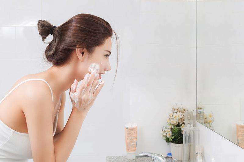 Có rất nhiều lợi ích từ việc chăm sóc da hàng ngày
