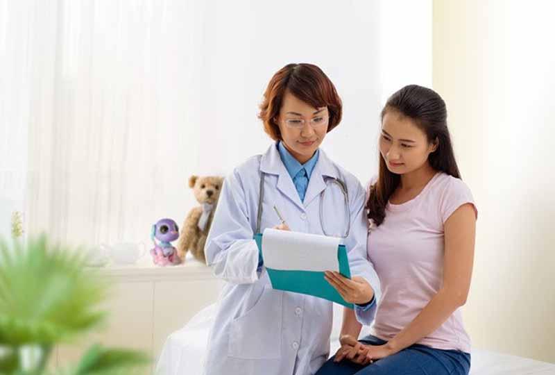 Bạn nên lựa chọn các phòng khám uy tín để thăm khám phụ khoa