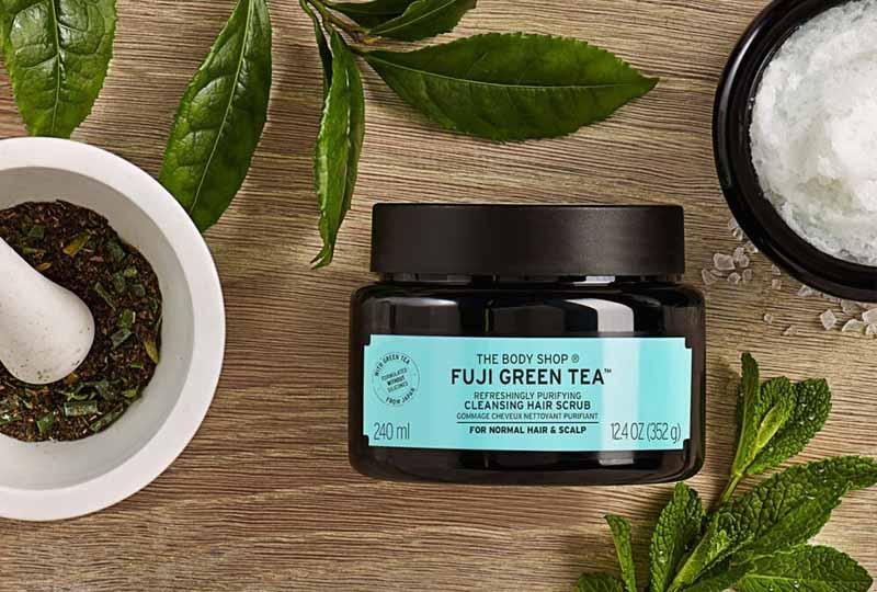 Tẩy tế bào chết da đầu The Body Shop Fuji Green Tea Cleansing Hair Scrub