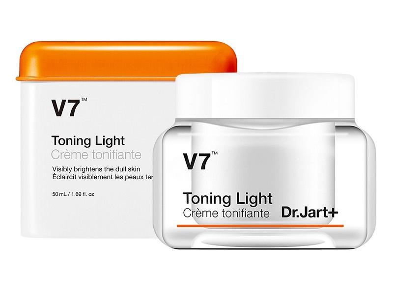 V7 Toning Light là dòng kem dưỡng da mặt của Hàn Quốc