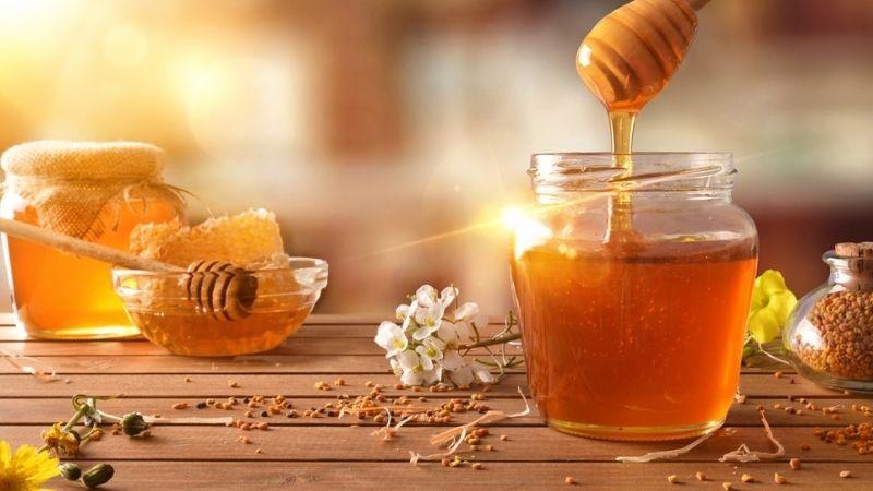 Làm đẹp da mặt bằng mật ong