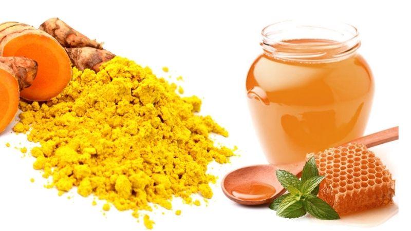 Cách sử dụng mật ong và tinh bột nghệ