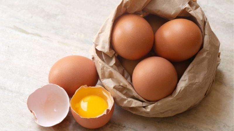 Làm đẹp da mặt bằng vitamin E và lòng đỏ trứng