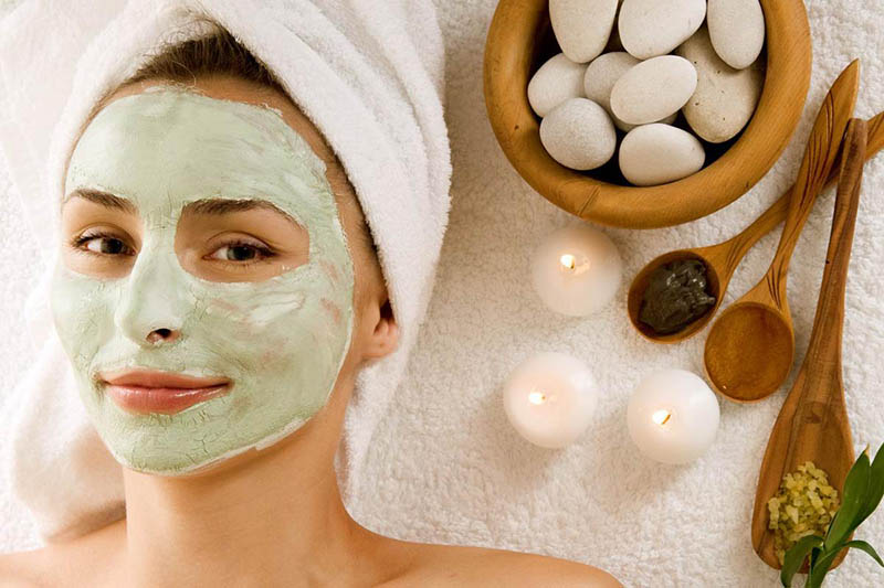 Mặt nạ dưỡng da mang lại nhiều công dụng như dưỡng ẩm, dưỡng trắng hiệu quả
