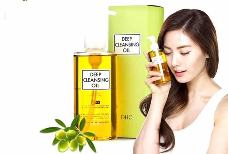 Dầu tẩy trang Olive DHC Deep Cleansing Oil của Nhật Bản