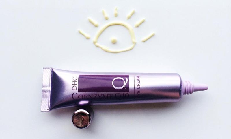 DHC Q Eye Cream giảm quầng thâm do lão hóa