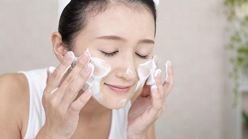 Sữa rửa mặt Thái Lan có nhiều loại, đáp ứng được hầu hết nhu cầu của làn da