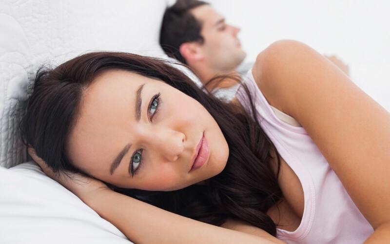 Suy giảm nội tiết tố được xem là nguyên nhân chủ yếu dẫn tới yếu sinh lý ở nữ giới