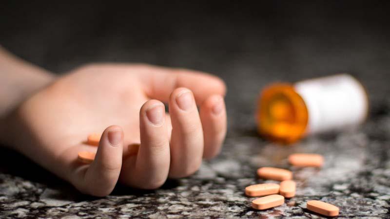 Cảnh báo nguy hiểm nếu bà bầu uống vitamin C quá liều