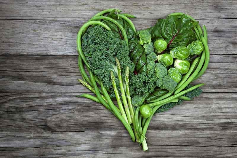 Ăn nhiều rau xanh giúp móng chắc khỏe