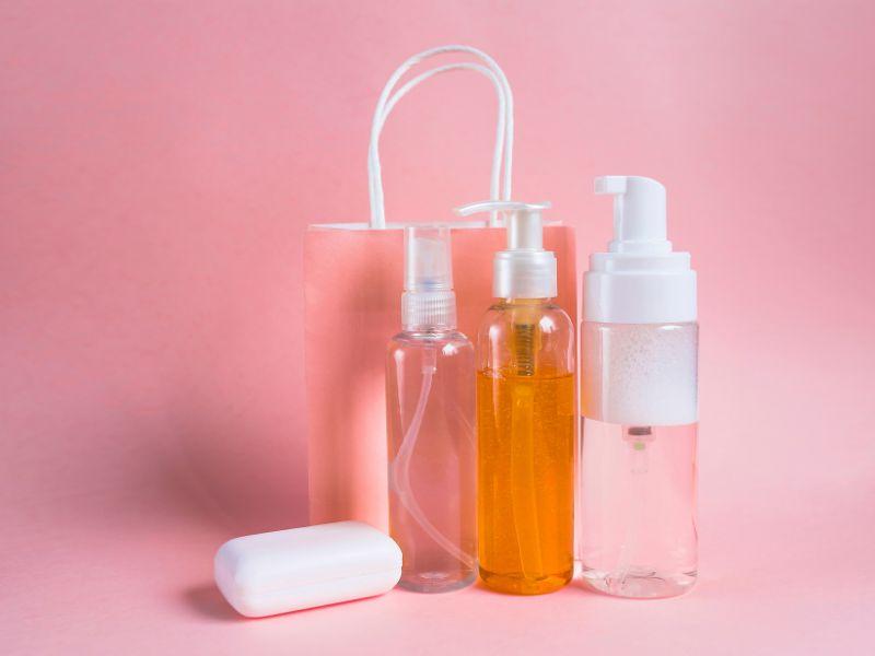 Sử dụng mỹ phẩm gốc nước giúp cải thiện nhanh chóng tình trạng da này