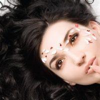 Gợi ý 7 cách chăm sóc tóc rễ tre tại nhà cực hiệu quả cho bạn gái