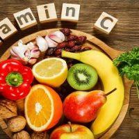 Dư vitamin C gây ra nhiều vấn đề đối với sức khỏe