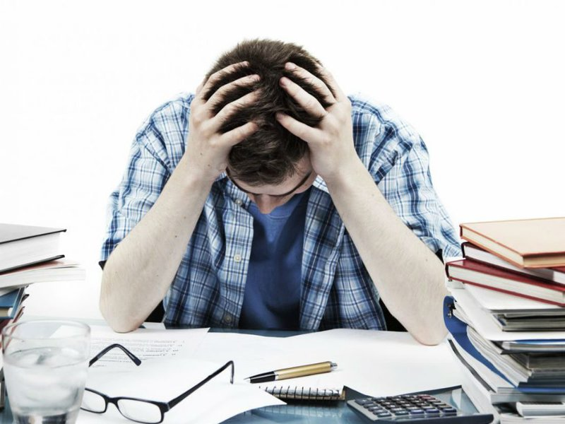 Những áp lực, căng thẳng, mệt mỏi được xem là nguyên nhân nhân chính gây nên tình trạng này