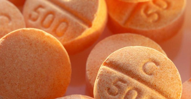 Vitamin C còn có tên gọi khác là acid ascorbic