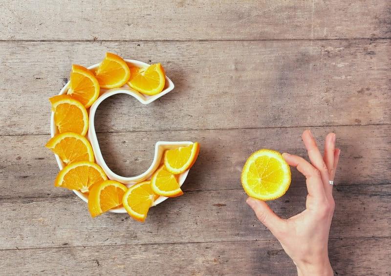Vitamin C có tác dụng làm đẹp da rất hiệu quả