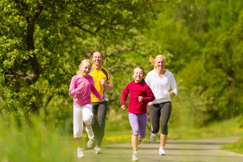 Tích cực rèn luyện thể dục thể thao để phòng tránh và cải thiện các vấn đề về xương khớp