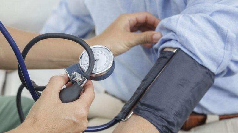 Kiểm soát cao huyết áp bằng vitamin C