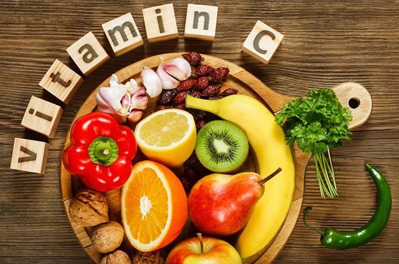 Có rất nhiều loại rau củ, trái cây chứa thành phần vitamin C