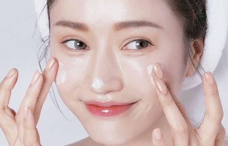 Chăm sóc da mặt kỹ càng