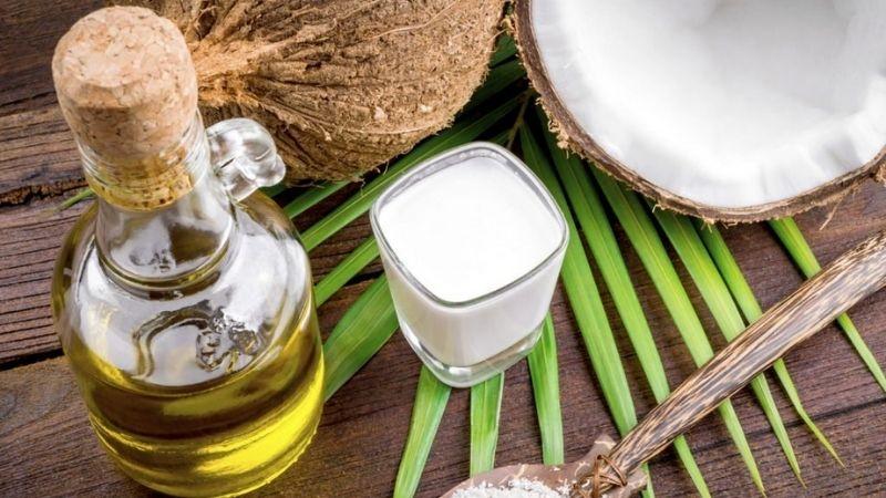 Dầu dừa giúp xóa tàn nhang hiệu quả và an toàn
