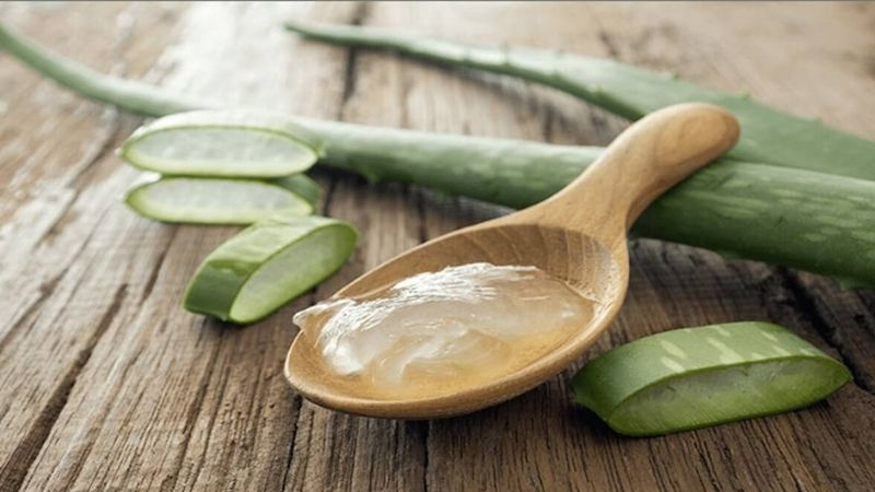 Sử dụng gel nha đam trực tiếp rất tiện lợi và đơn giản