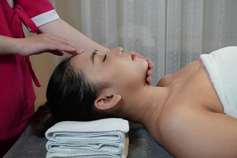 Bạn cần lựa chọn các cơ sở spa có uy tín dể gửi gắm làn da của mình