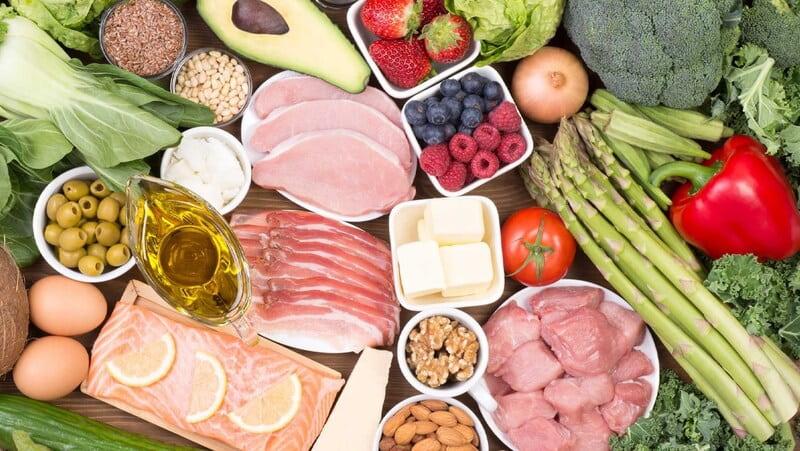 Những người bị đau đầu 2 bên thái dương nên chú ý tới khẩu phần ăn hàng ngày.