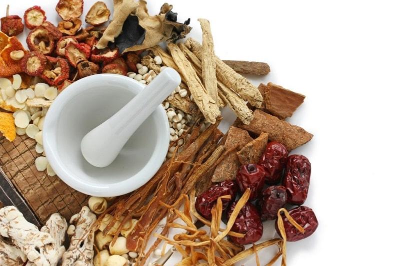 Sử dụng thuốc Đông Y không chỉ cải thiện đau đầu mà còn bồi bổ sức khỏe hiệu quả
