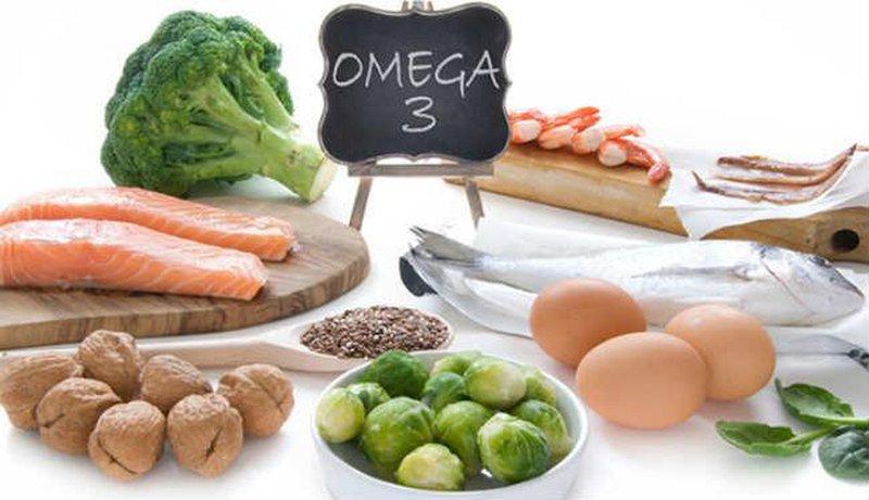 Nhóm thực phẩm giàu Omega-3 rất cần thiết cho người bị nhức đầu, do chúng bổ sung dưỡng chất cần thiết đến hệ thần kinh