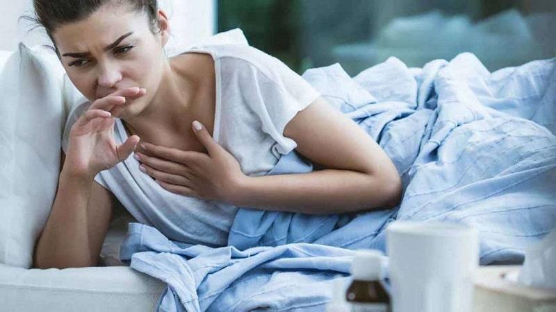 Người bệnh cần nhanh chóng đến bệnh viện khi có các triệu chứng nghiêm trọng