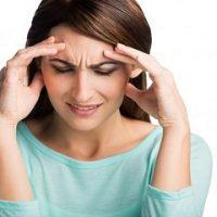 Người bị đau đầu nên ăn gì và không nên ăn gì?