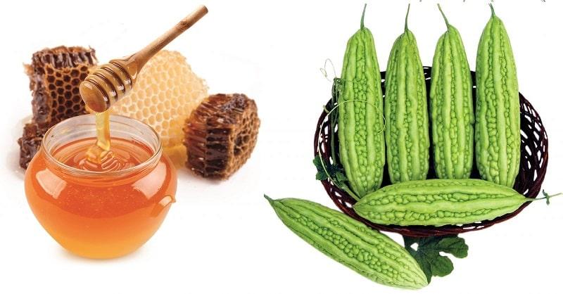 Sử dụng mặt nạ mướp đắng mật ong trị mụn ẩn