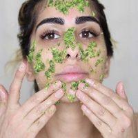 Sử dụng mặt nạ mướp đắng trị mụn ẩn mang lại hiệu quả khá tốt