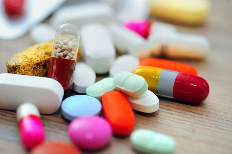 Có rất nhiều thuốc trị mụn trên thị trường