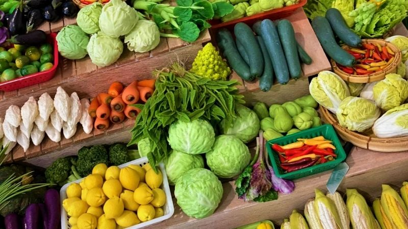 Bạn nên tích cực bổ sung nhiều rau củ quả