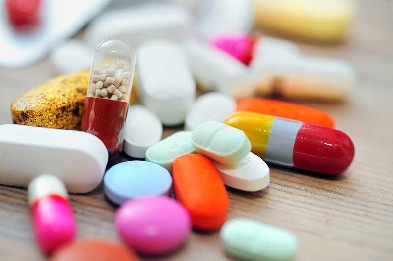 Người già mất ngủ nên uống thuốc gì theo chuyên gia