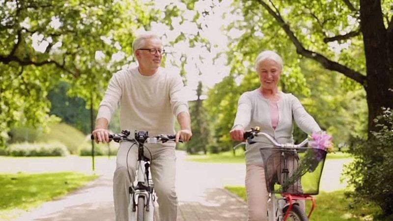 Người bị thoái hóa khớp gối có nên đạp xe khi các triệu chứng bệnh nhẹ