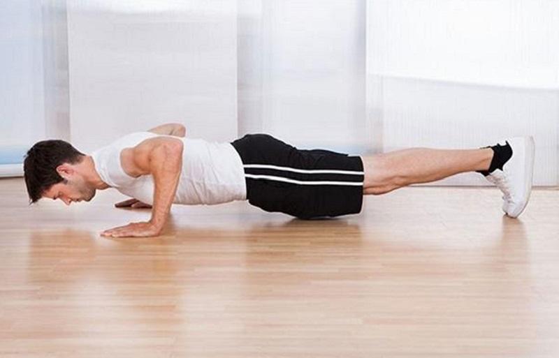 Luôn phải giữ lưng thẳng để tánh ảnh hưởng đến cột sống