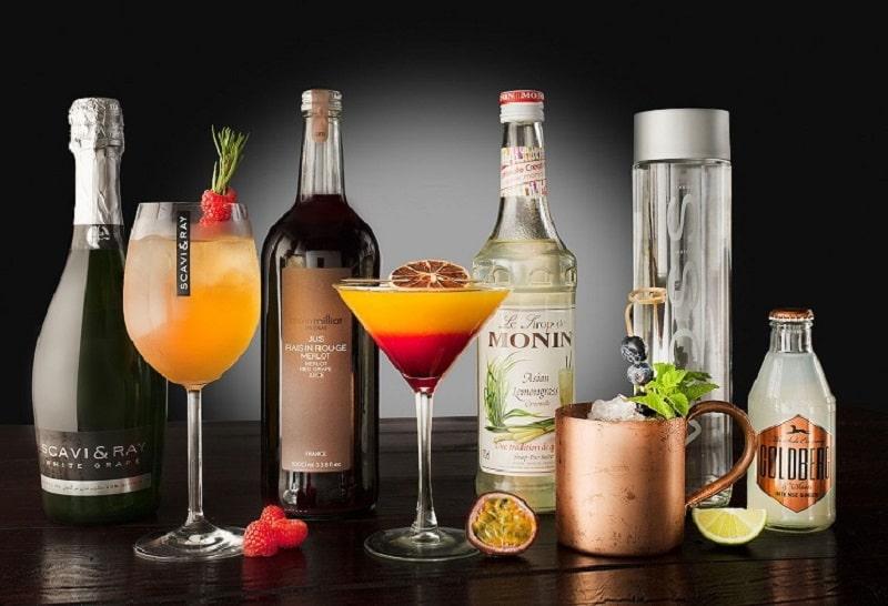Trong thời gian dùng sản phẩm, bạn cần tránh xa đồ uống có cồn vì chúng có thể làm tình trạng đau đầu tệ hơn