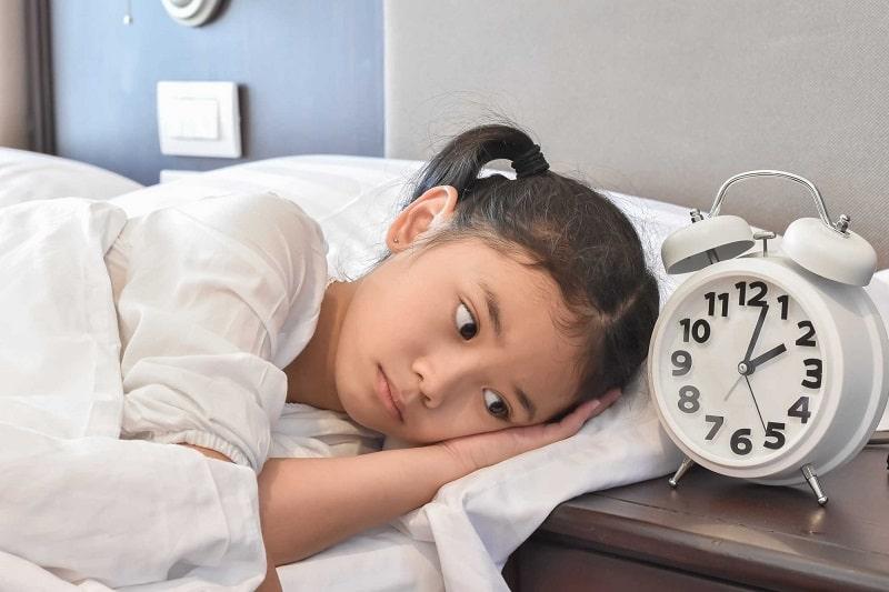 Trẻ em bị khó ngủ là hiện tượng khá thường gặp