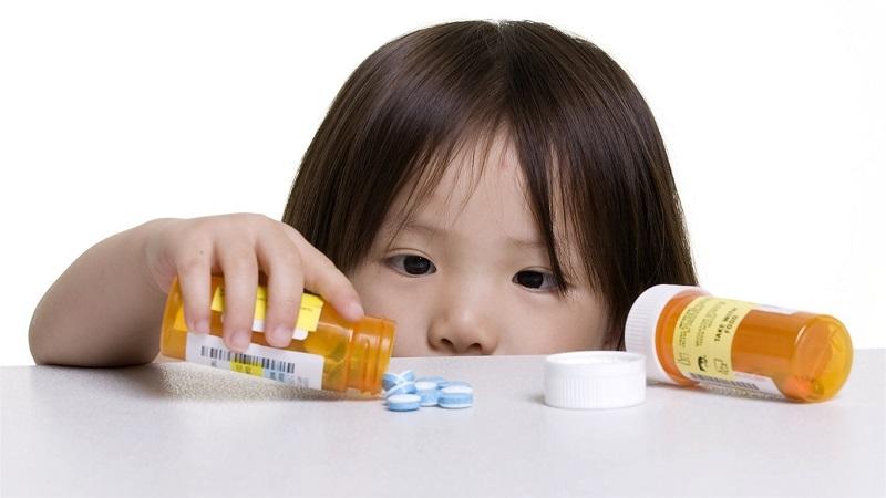 Sử dụng thuốc điều trị viêm loét dạ dày cho bé rất quan trọng