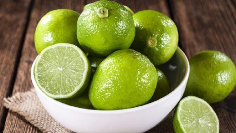 Chanh cũng thuộc nhóm nhiều vitamin C
