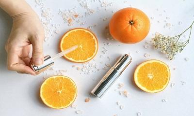 Vitamin C trong mỹ phẩm được sử dụng rất phổ biến