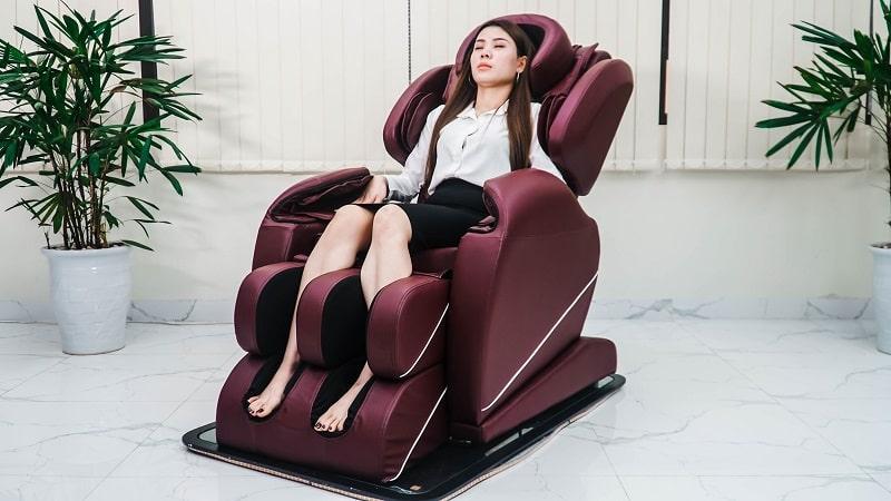 Ghế massage là công cụ hỗ trọ người bệnh cải thiện triệu chứng hiệu quả